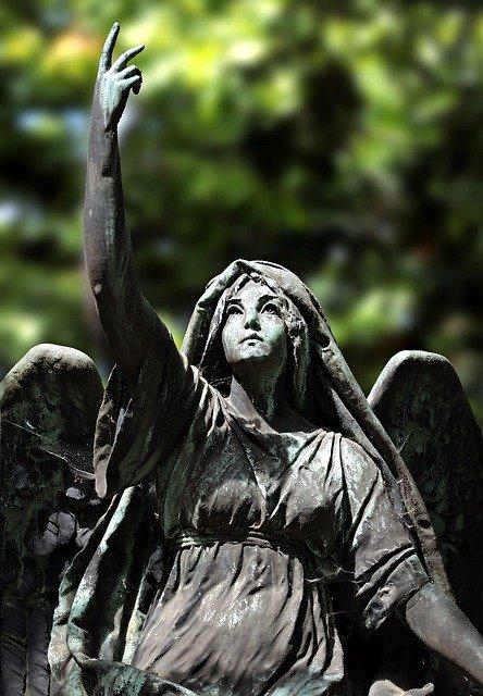 angel-2401263_640